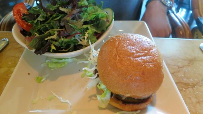 Skinnylicious Turkey Burger