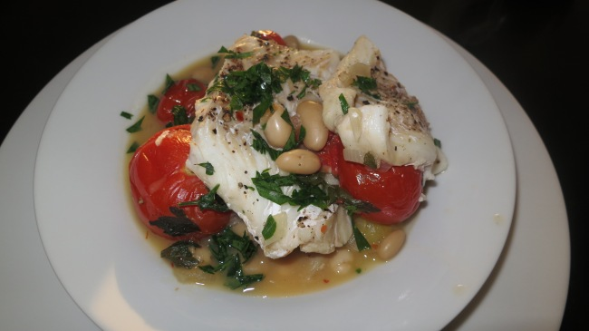 Fish fillets with Beans and Tomatoes