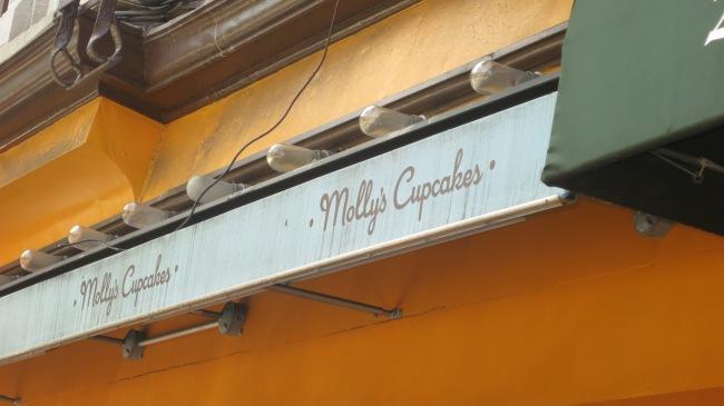 Mollys Cupcakes Cupcake Tour NYC